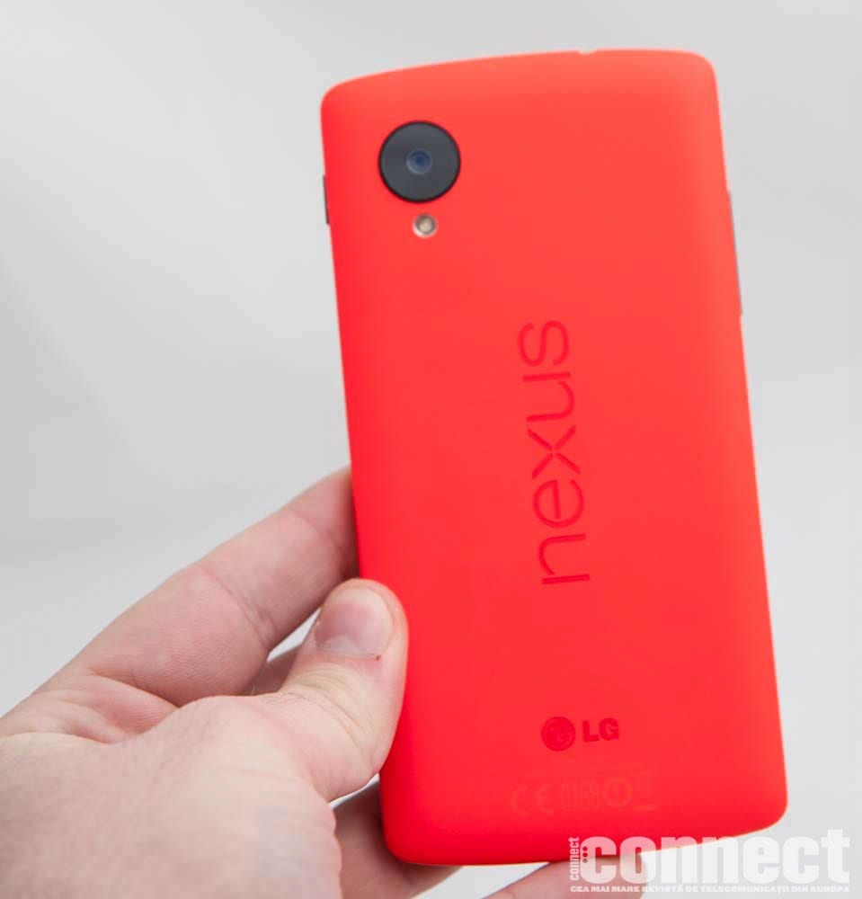 Google-Nexus-5-red-4
