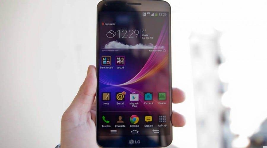 LG G Flex review: Flexibil și regenerabil