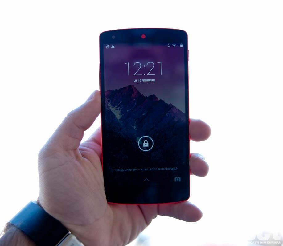 LG Nexus 5 red review: Pentru fanii Android!
