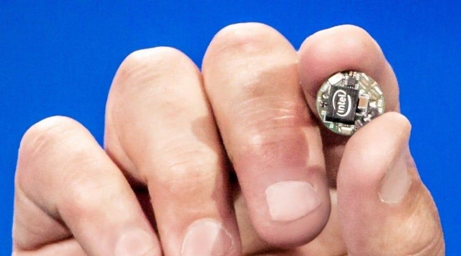 #CES2015: Intel prezintă modulul Curie, un produs de dimensiunea unui nasture pentru soluții wearables