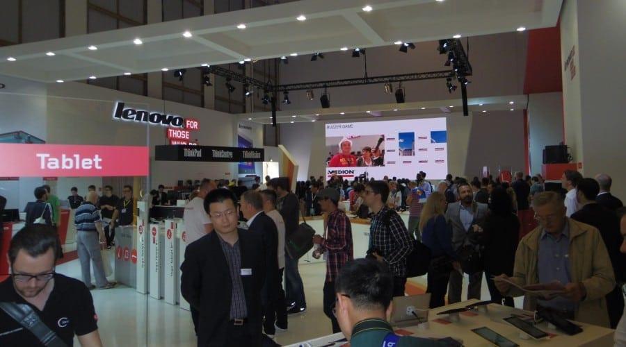 Lenovo anunță un venit trimestrial de 14,1 miliarde USD