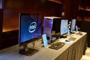 Intel showcase produse