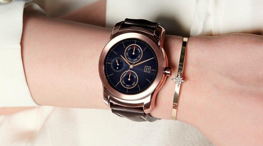 LG a început livrările pentru ceasul inteligent Watch Urbane