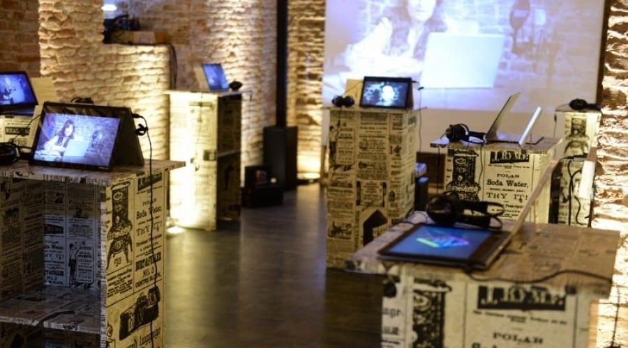 Intel și Lenovo prezintă la Romanian Design Week laptopurile 2 în 1