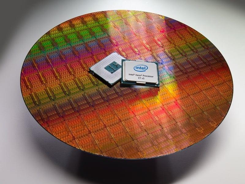Intel® Xeon® E7 v3  (3)