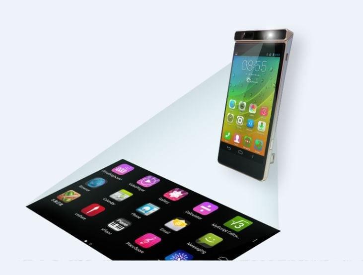 Lenovo a prezentat trei concepte smart inedite: primul smartphone echipat cu un proiector cu laser, un smartwatch cu două ecrane și un pantof inteligent
