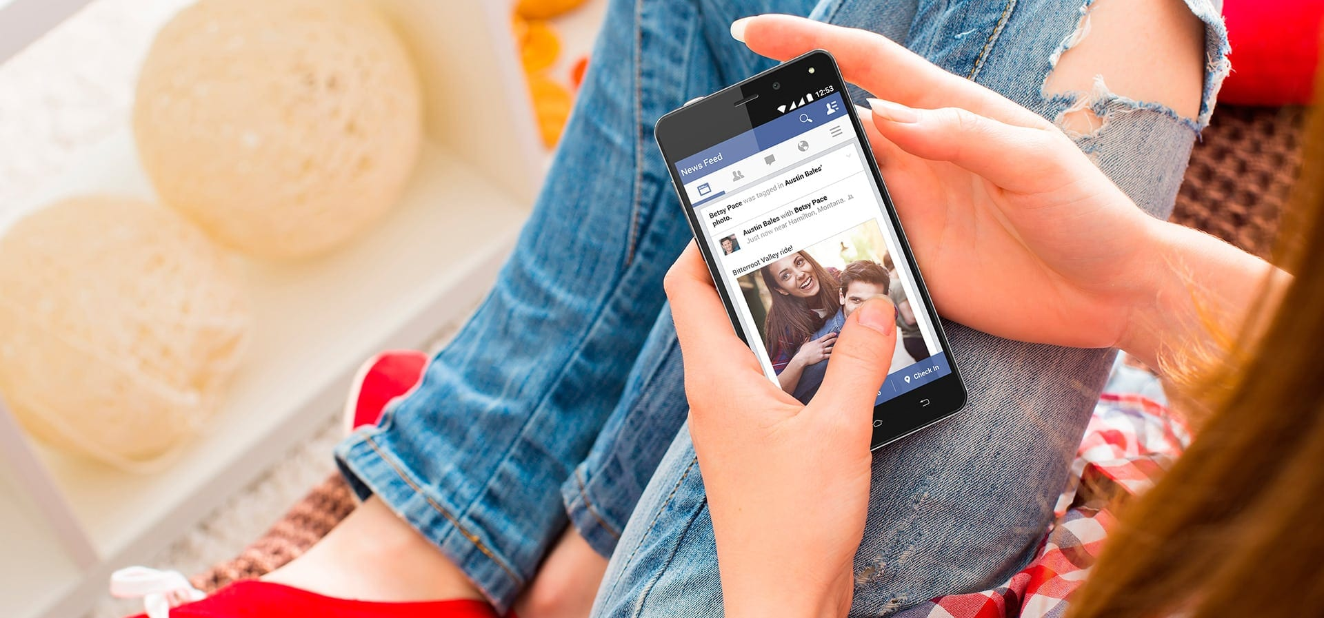Allview introduce modele E4 și E4 Lite, două smartphone-uri 4G Dual Mode