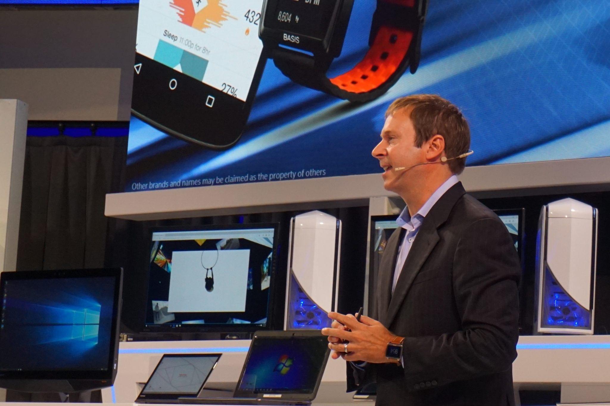IFA 2015: Intel anunță lansarea ceasului inteligent Basis Peak în Europa și compatibilitatea cu Runstastic