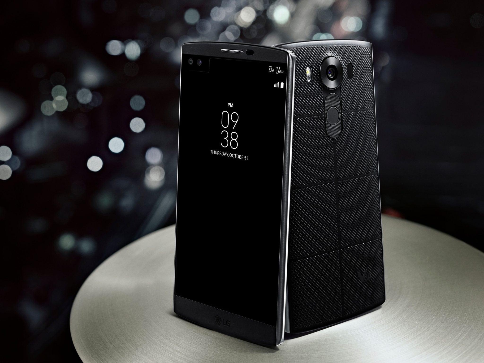 LG V10 a fost prezentat oficial, smartphone-ul vine cu display secundar și două camere frontale