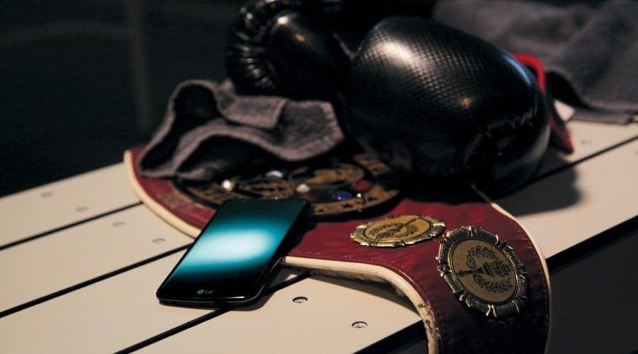 LG începe livrările globale pentru smartphone-urile K10 și K4