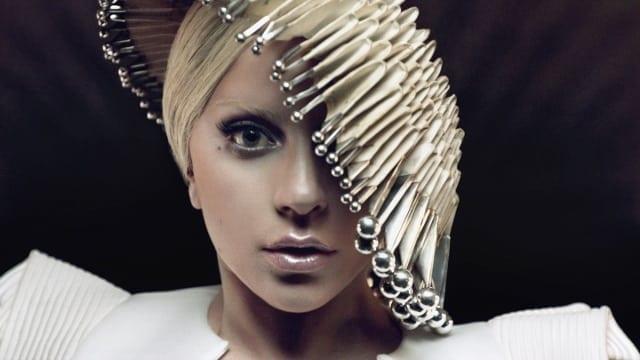 Lady Gaga si Intel 03