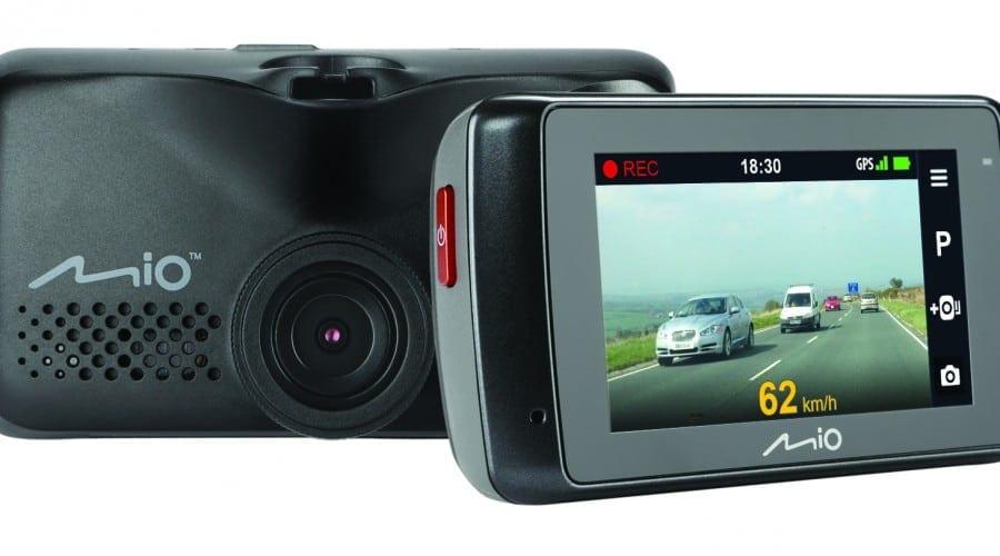 Mio lansează MiVue 688 și MiVue 698 Dual, primul echipament video cu două camere