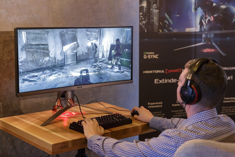 ASUS ROG anunță monitorul de gaming Swift PG348Q
