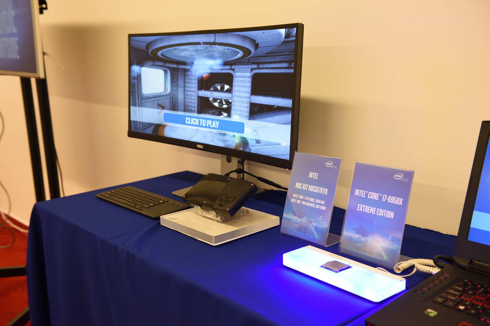 Eveniment Intel 2