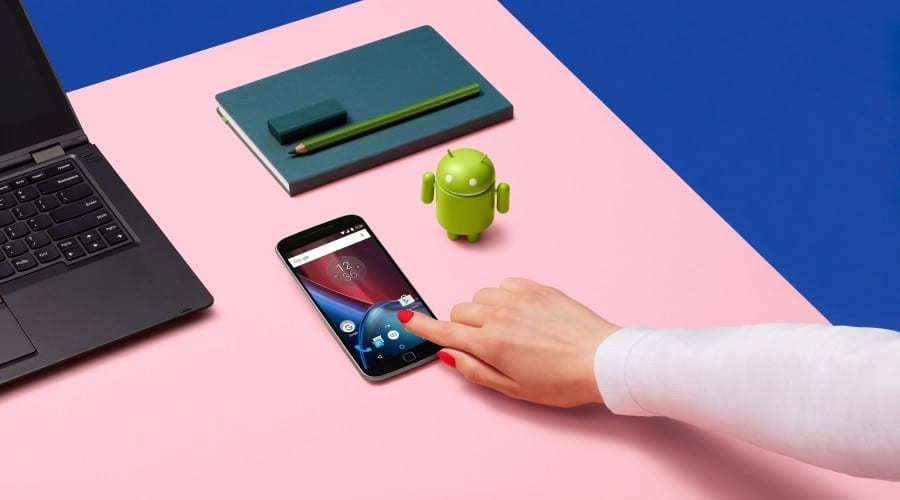 Lenovo introduce smartphone-urile Moto G4 Plus, Moto G4 Play și Moto E3