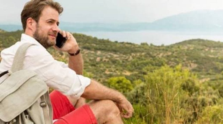 Faceți concediul în străinătate? Atenție la convorbirile în roaming