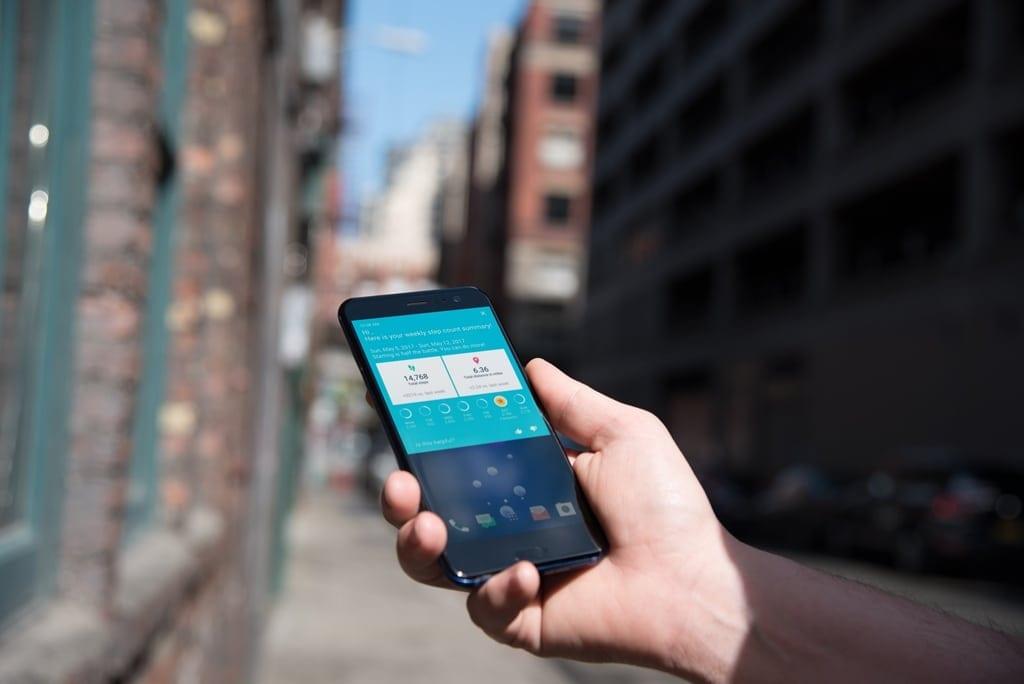 HTC U11 va fi disponibil pentru precomandă la Vodafone
