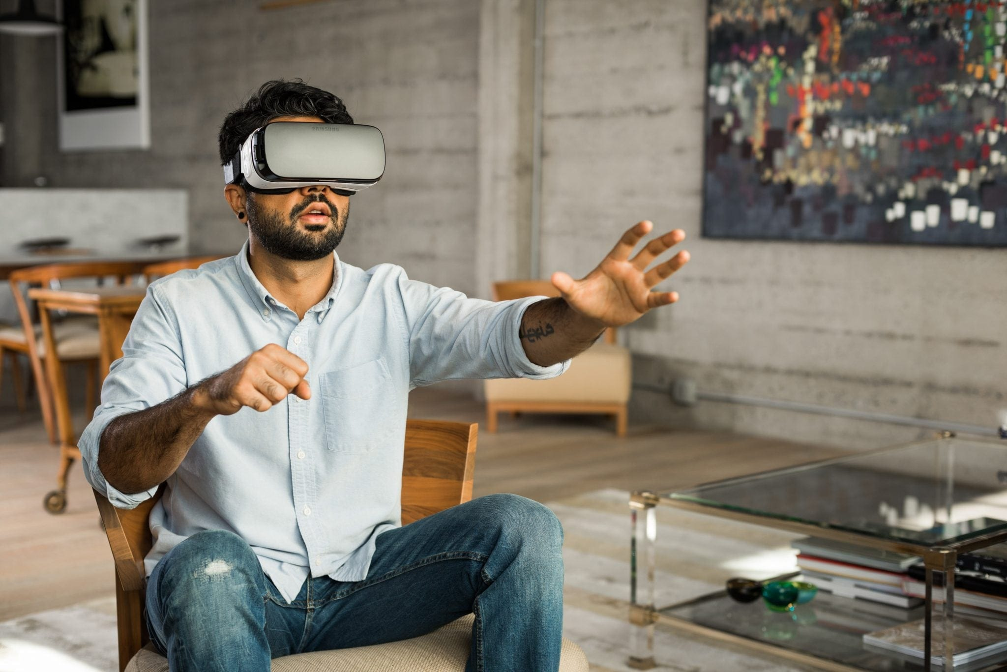 LUMI VIRTUALE: review cu cele mai actuale soluții de realitate virtuală