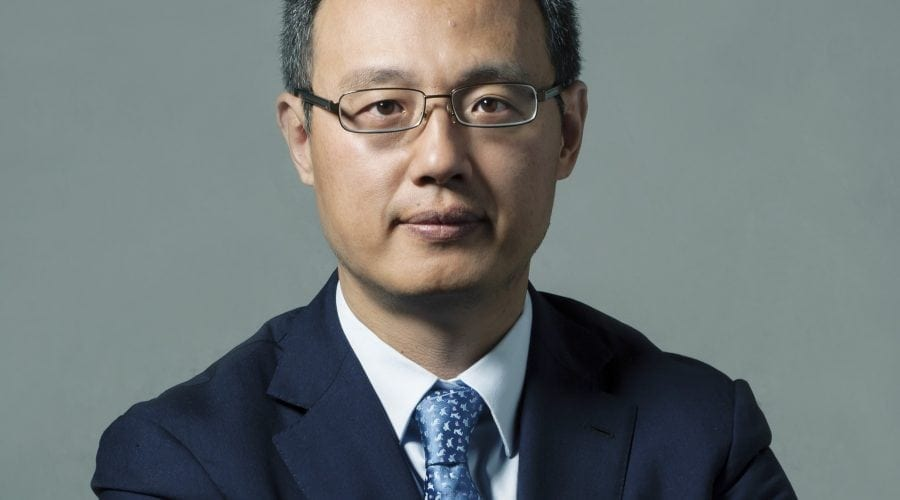 Huawei pune accentul pe modelele premium – interviu cu Yanmin Wang, President of Device, Huawei CEE & Nordic.