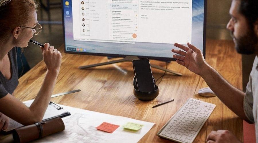 Conexiune inteligentă: transformă smartphone-ul în PC
