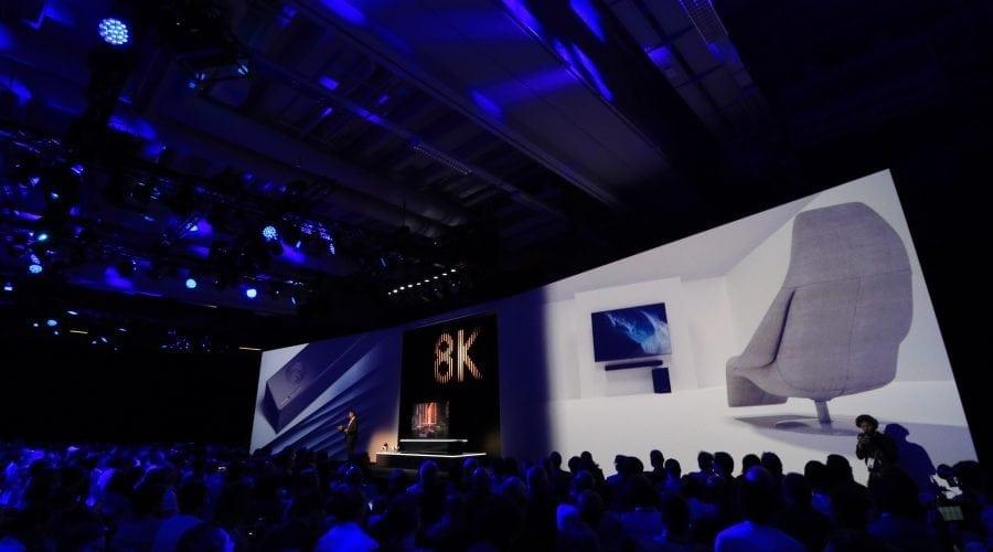 IFA 2018: Samsung lansează primele televizoare comerciale cu rezoluție 8K și inteligență artificială