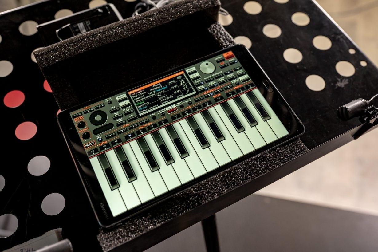 Huawei a organizat primul concert digital, iar tabletele Mediapad M5 au luat locul instrumentelor