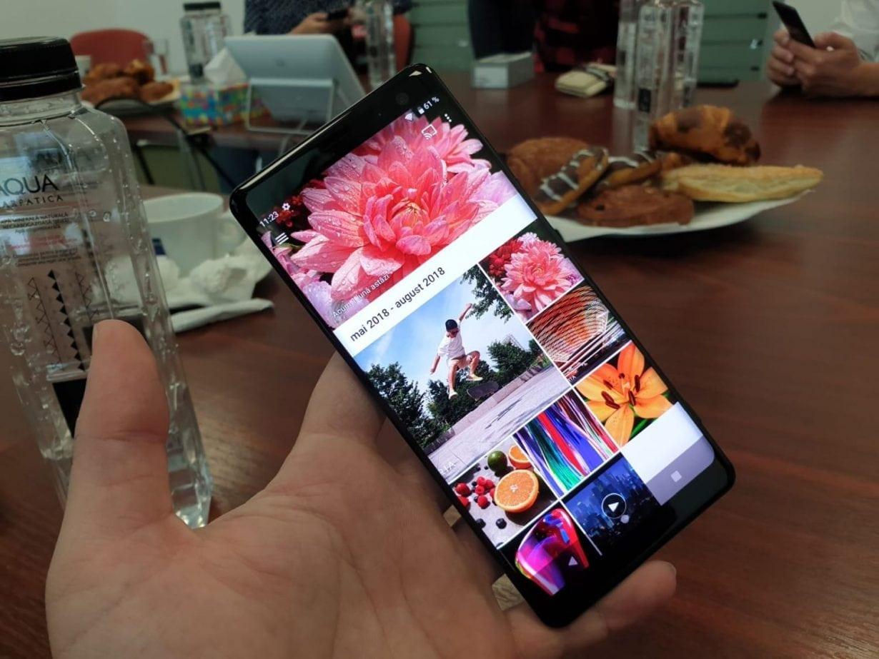 Sony Xperia XZ3 este disponibil la precomandă, cu livrare din 5 octombrie. Vezi promoțiile disponibile