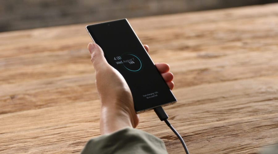 ANCOM propune reducerea cu 10% a tarifelor pentru terminarea apelurile mobile
