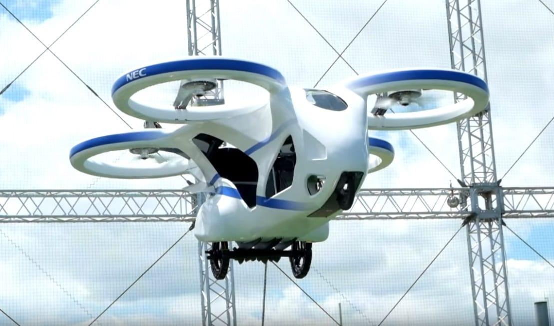 It's a bird, it's a plane? Nu, este noua dronă NEC, de călători