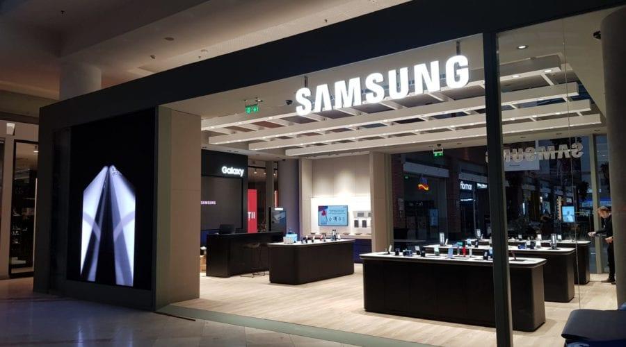 Samsung ar putea lansa un nou smartphone cu cameră rotativă