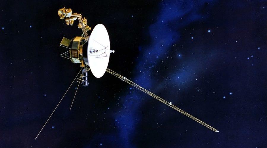 """""""Răspunsul"""" special al sondei Voyager 2 după nouă luni de tăcere"""