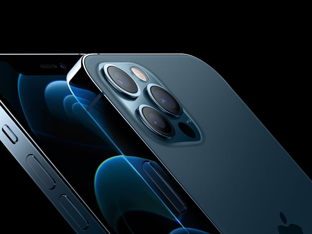 Țara care a obligat Apple să includă încărcătoare de priză în cutiile noilor iPhone-uri