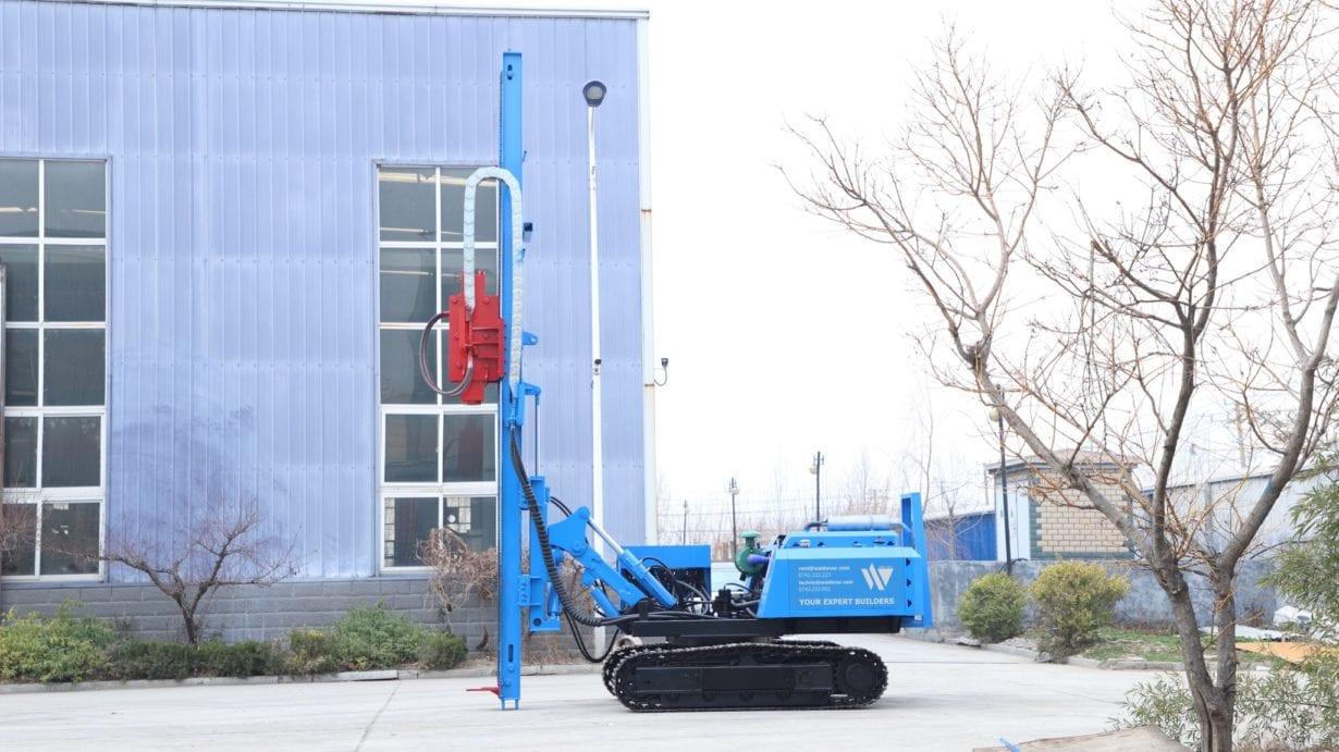 Utilajele Waldevar, cele mai bune pentru montarea stâlpilor în parcurile fotovoltaice (P)