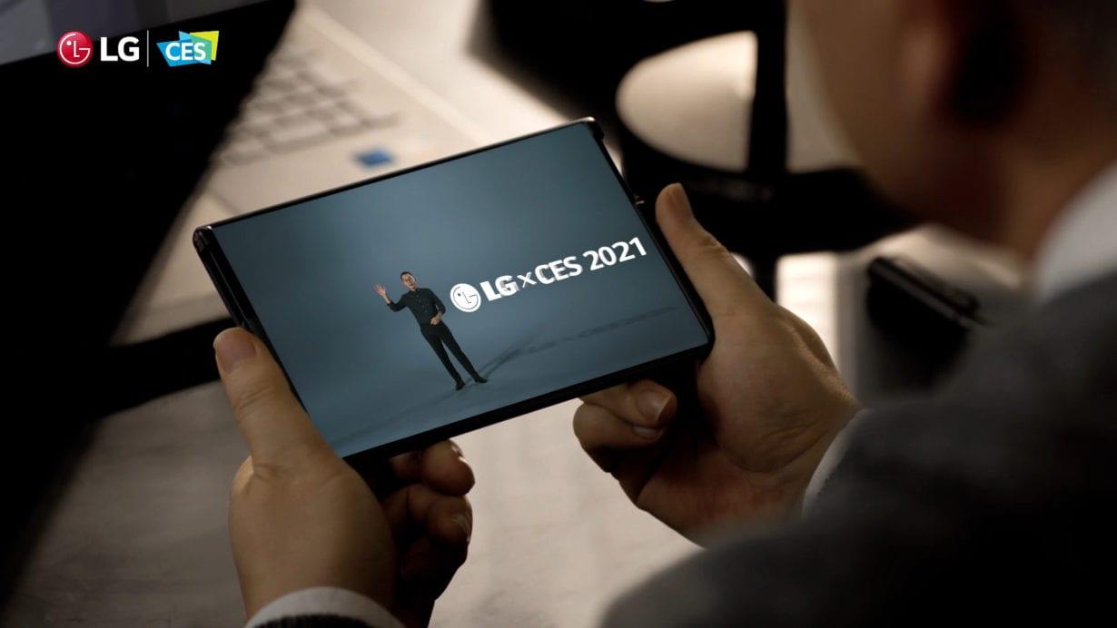 CES 2021: LG prezintă telefonul cu ecran rulabil
