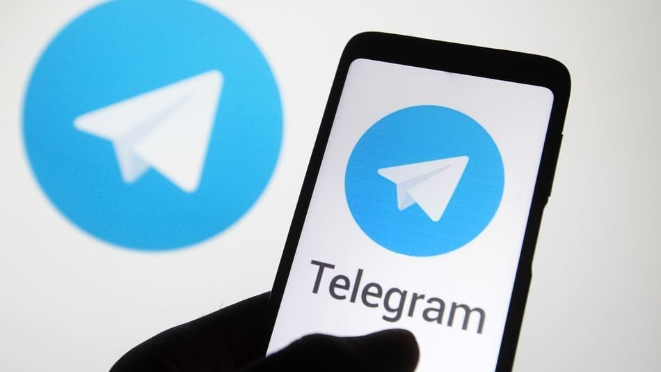 Apple a fost dată în judecată din cauza Telegram: Cine vrea ștergerea aplicației din App Store