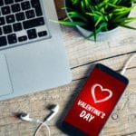 Cadouri Valentine's Day pentru el: Ce gadget-uri să-i dăruiești persoanei iubite pe 14 februarie