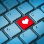 Cadouri Valentine's Daypentru ea. Ce gadget-uri să alegi pentru 14 februarie