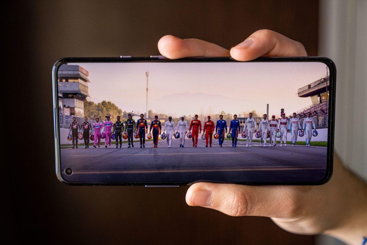 OnePlus 9 video