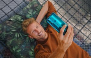 Motorola lansează moto g50, cel mai ieftin telefon 5G din gamă