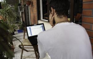 Coșmarul echipelor IT din companii: angajații amestecă viața personală cu munca de birou