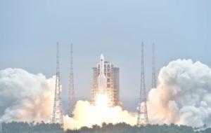 Resturile unei rachete din China au aterizat în Oceanul Indian. Ce critici aduce NASA