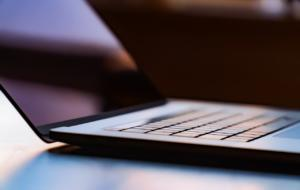 Un sondaj UiPath arată că majoritatea românilor își dorește digitalizarea administrației publice