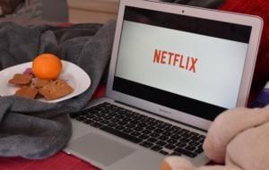 Studiu EY: 42% dintre utilizatorii de internet consideră că plătesc prea mult pentru conținut multimedia