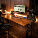 Am construit un setup ideal pentru work from home sau gaming. Vezi ce gadget-uri am folosit