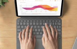 Logitech lansează o nouă tastatură Combo Touch pentru iPad Air 4