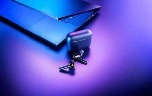 Razer lansează noi căști Hammerhead True Wireless, cu iluminare RGB și ANC