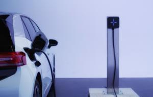 Românii de la LEKTRI.CO lansează o nouă stație de încărcare pentru mașini electrice, denumită SVIK